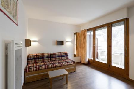 Location au ski Studio 2 personnes (222) - Residence Le Grand Chalet - Brides Les Bains - Coin repas