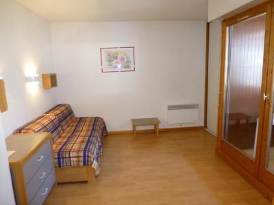 Location au ski Studio 2 personnes (410) - Residence Le Grand Chalet - Brides Les Bains - Banquette-lit