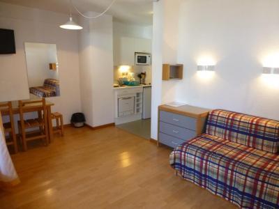 Location au ski Studio 2 personnes (410) - Residence Le Grand Chalet - Brides Les Bains - Séjour