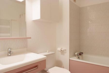Location au ski Studio 4 personnes (220) - Residence Le Grand Chalet - Brides Les Bains - Salle de bains