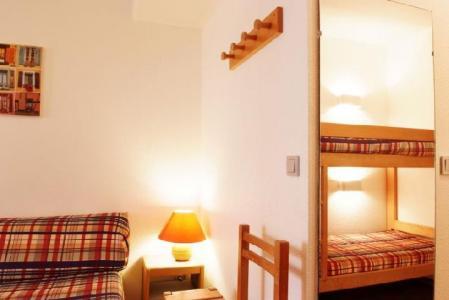 Location au ski Studio coin montagne 4 personnes (206) - Residence Le Grand Chalet - Brides Les Bains - Canapé