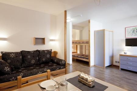 Location au ski Studio coin montagne 4 personnes (218) - Residence Le Grand Chalet - Brides Les Bains - Canapé-gigogne