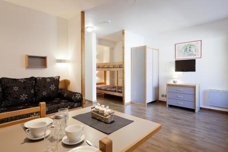 Location au ski Studio coin montagne 4 personnes (218) - Residence Le Grand Chalet - Brides Les Bains - Micro-ondes