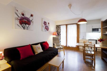 Location au ski Studio coin montagne 4 personnes (305) - Residence Le Grand Chalet - Brides Les Bains - Séjour
