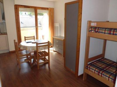 Location au ski Studio coin montagne 4 personnes (417) - Residence Le Grand Chalet - Brides Les Bains - Fenêtre
