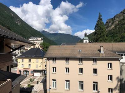 Location au ski Studio coin montagne 4 personnes (417) - Residence Le Grand Chalet - Brides Les Bains - Placard