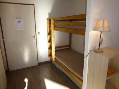 Location au ski Studio coin montagne 4 personnes (506) - Residence Le Grand Chalet - Brides Les Bains - Canapé