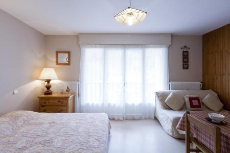 Location au ski Studio coin montagne 5 personnes (506) - Residence Royal - Brides Les Bains - Lit double