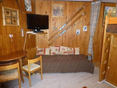 Location au ski Studio 3 personnes (11) - Residence Villa Louise - Brides Les Bains - Canapé-lit