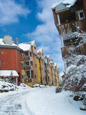 Location au ski Residence Lagrange Le Domaine Des 100 Lacs - Cauterets - Extérieur hiver