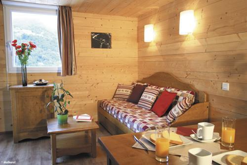 Location au ski Residence Lagrange Le Domaine Des 100 Lacs - Cauterets - Séjour