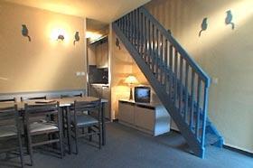 Location au ski Appartement duplex 2 pièces 6 personnes - Residence Balneo Aladin - Cauterets - Escalier