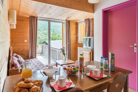 Аренда на лыжном курорте Résidence Lagrange le Domaine des 100 Lacs - Cauterets - Салон