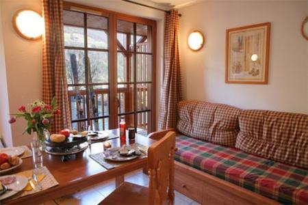 Location au ski Residence Les Chalets D'estive - Cauterets - Coin séjour
