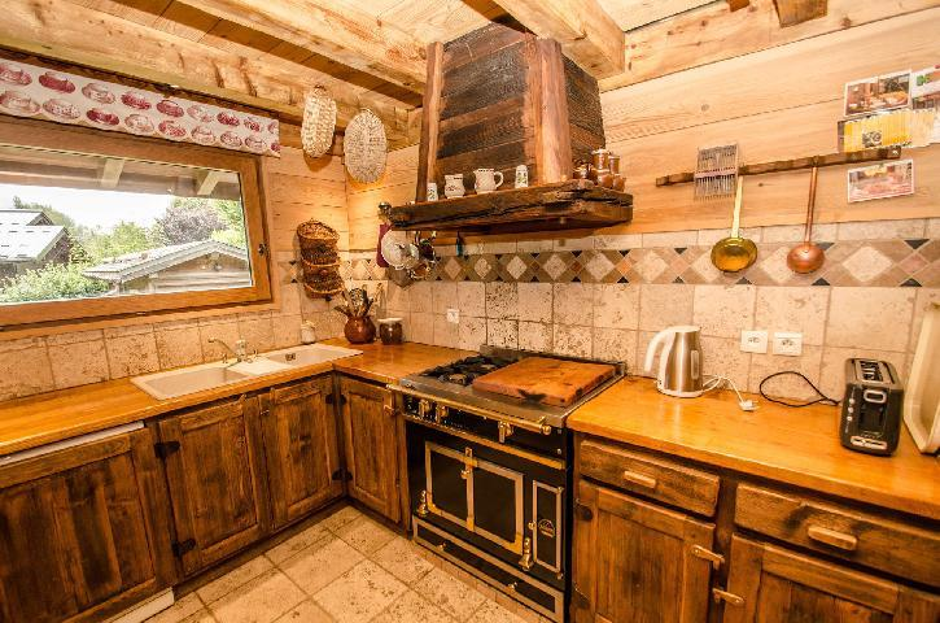 Location au ski Chalet 6 pièces 8 personnes - Chalet Eole - Chamonix - Cuisine