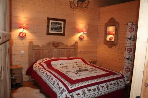 chalet la taniere chamonix location vacances ski chamonix ski planet. Black Bedroom Furniture Sets. Home Design Ideas
