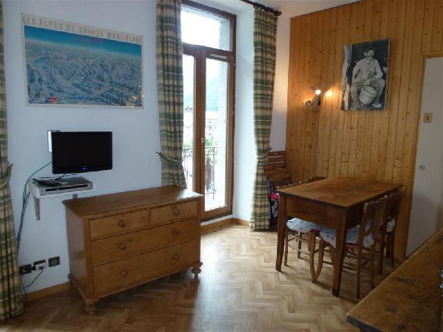 Location au ski Studio 4 personnes - Residence Carlton - Chamonix - Tv