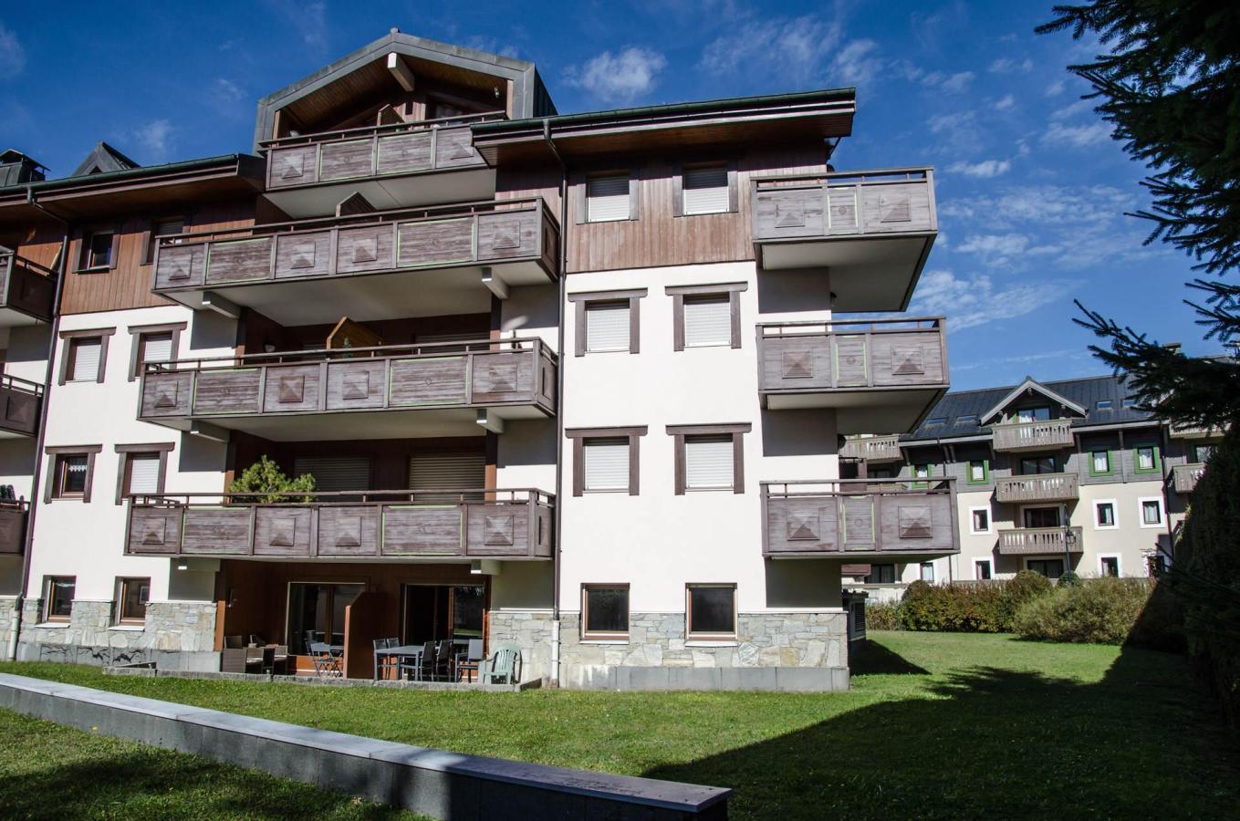 Location au ski Appartement 4 pièces 8 personnes - Residence Espace Montagne - Chamonix - Coin repas