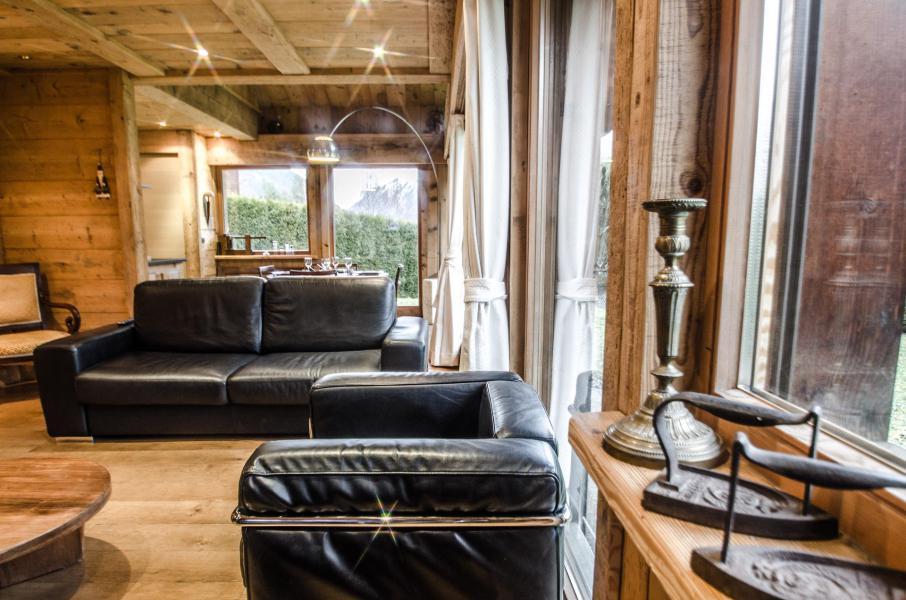 Location au ski Chalet duplex 3 pièces 4 personnes - Chalet June - Chamonix - Coin séjour