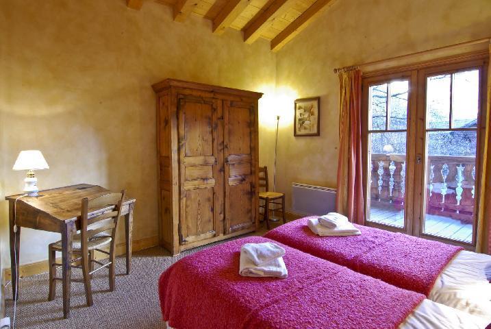 Location au ski Chalet 8 pièces 12 personnes - Chalet La Perseverance - Chamonix - Chambre mansardée