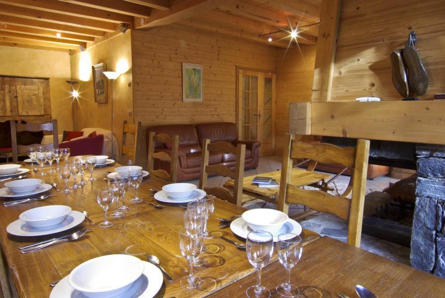 Location au ski Chalet 8 pièces 12 personnes - Chalet La Perseverance - Chamonix - Salle à manger