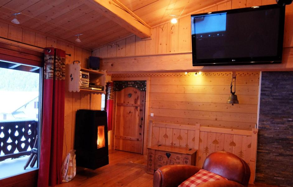 Location au ski Chalet La Taniere - Chamonix - Tv