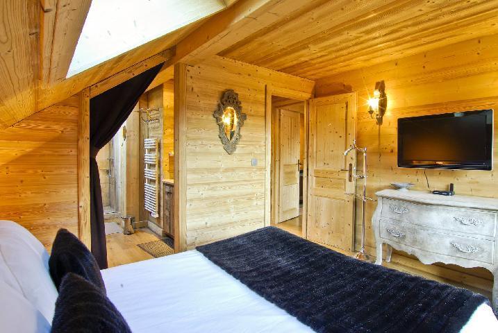Location au ski Chalet 6 pièces 10 personnes - Chalet Peyrlaz - Chamonix - Chambre mansardée