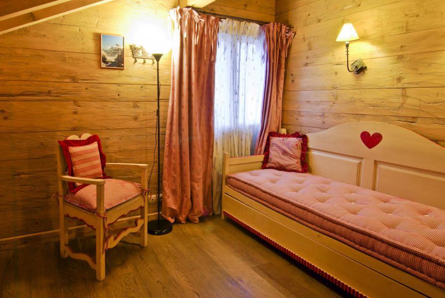 Location au ski Chalet 4 pièces 6 personnes - Chalet Sérac - Chamonix - Chambre