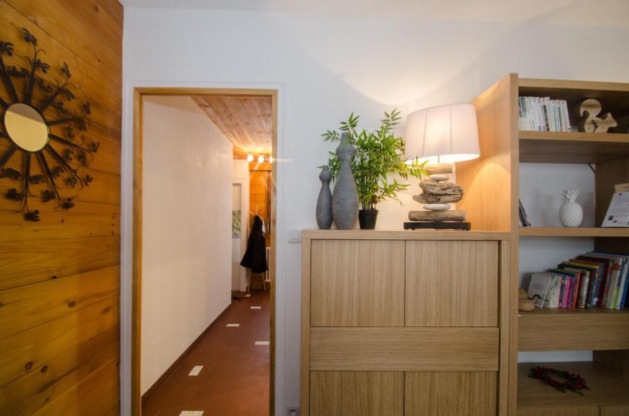 Rent in ski resort 2 room apartment 4 people (FEDORA) - Flegere et Golf - Chamonix - Corridor