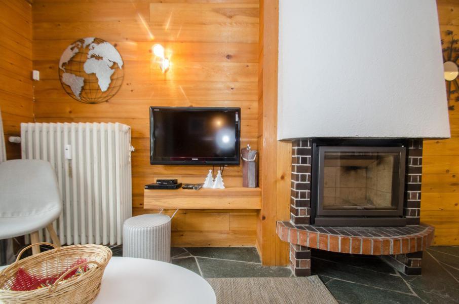 Rent in ski resort 2 room apartment 4 people (FEDORA) - Flegere et Golf - Chamonix - Fireplace