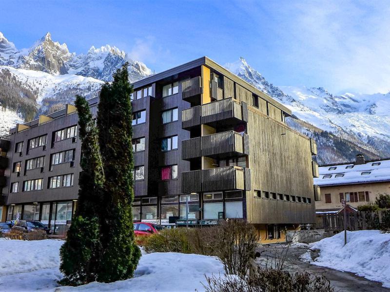 Holiday in mountain resort Le Mummery - Chamonix - Winter outside