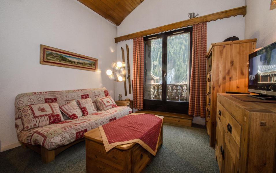 Location au ski Studio mezzanine 4 personnes (La Poya) - Résidence Bâtiment B - Chamonix - Séjour