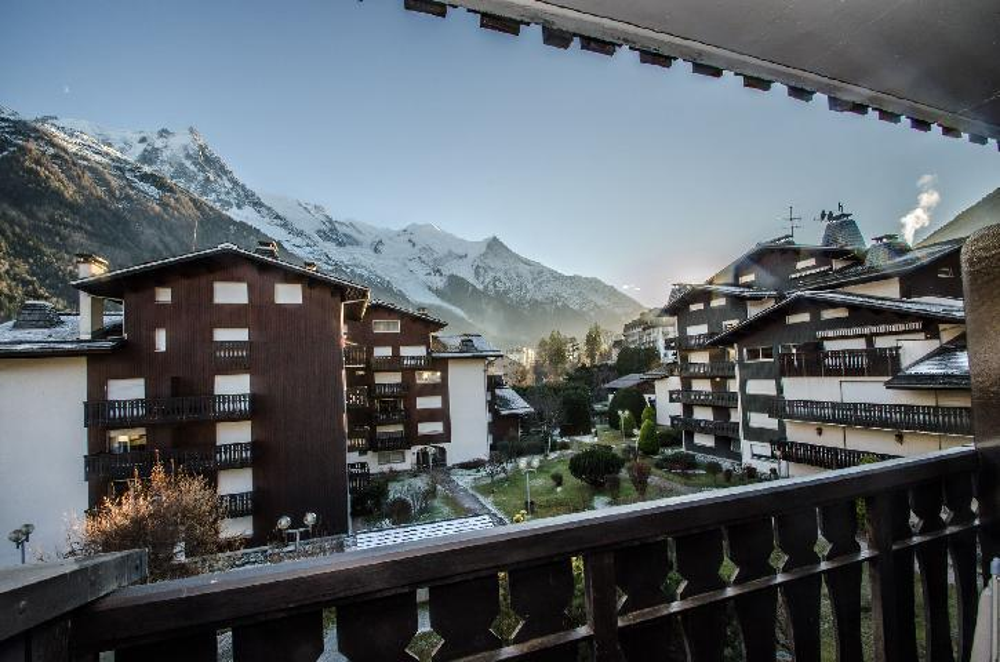 Location au ski Studio 3 personnes (LAURIER) - Résidence Clos du Savoy - Chamonix - Extérieur hiver