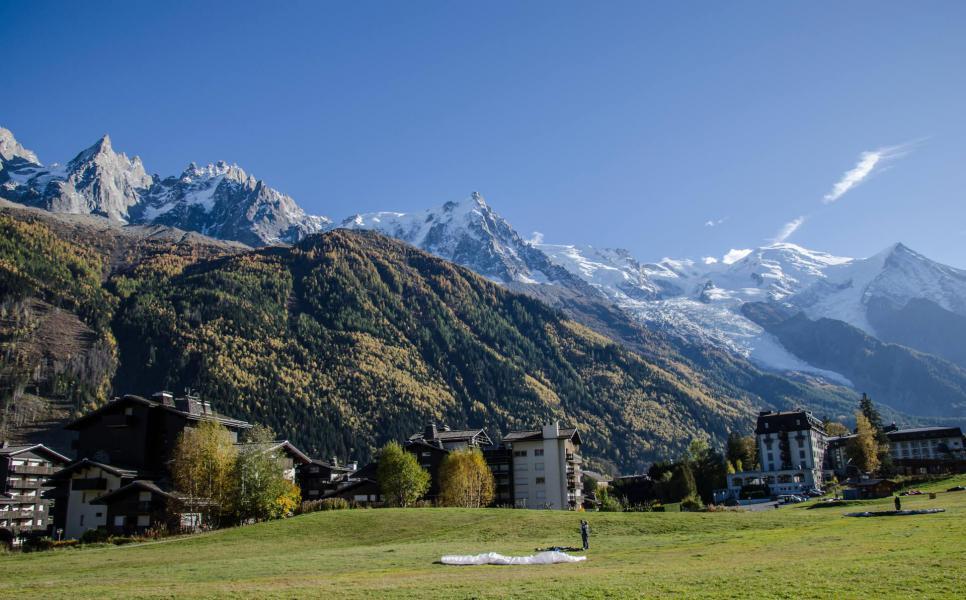Vacances en montagne Résidence le Clos du Savoy - Chamonix - Extérieur hiver