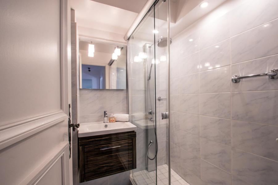 Location au ski Appartement 3 pièces 4 personnes (AGATA) - Résidence le Clos du Savoy - Chamonix - Salle d'eau