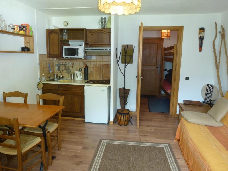 Location au ski Studio 4-4 personnes - Residence Le Savoy - Chamonix - Séjour