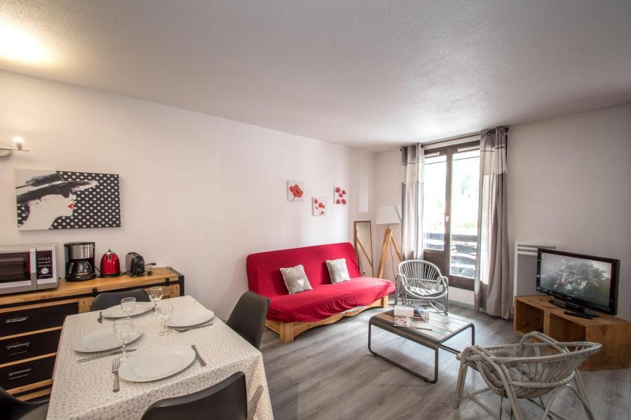 Location au ski Appartement 2 pièces cabine 2-4 personnes - Residence Le Triolet - Chamonix - Coin repas