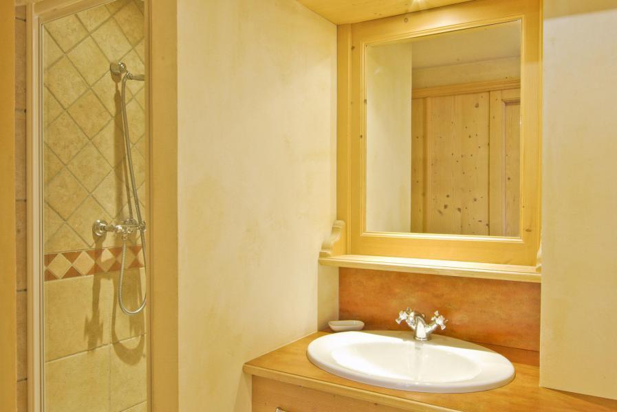 Location au ski Appartement duplex 4 pièces 6 personnes (Neva) - Résidence les Chalets du Savoy - Kashmir - Chamonix - Salle d'eau