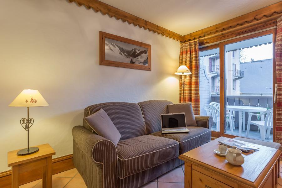 Location au ski Résidence P&V Premium la Ginabelle - Chamonix - Canapé