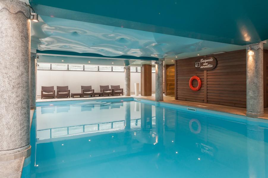 Location au ski Residence P&v Premium La Ginabelle - Chamonix - Piscine