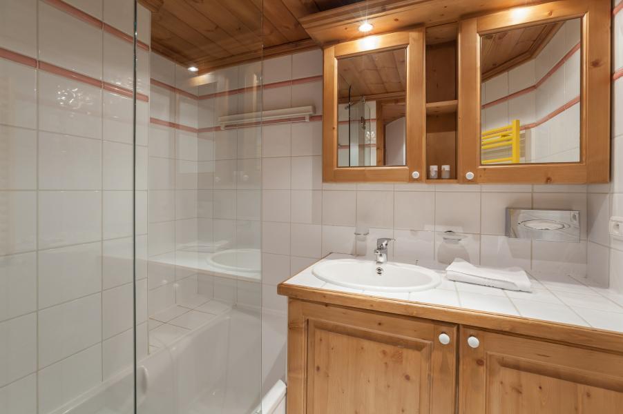 Location au ski Residence P&v Premium La Ginabelle - Chamonix - Salle de bains