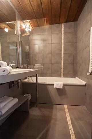 Location au ski Best Western Plus Excelsior Chamonix Hotel & Spa - Chamonix - Salle de bains