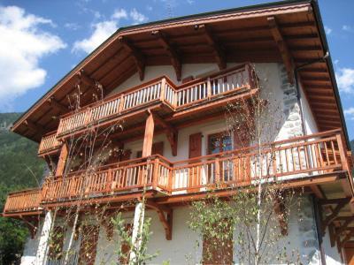 Location au ski Chalet Ambre - Chamonix - Extérieur hiver