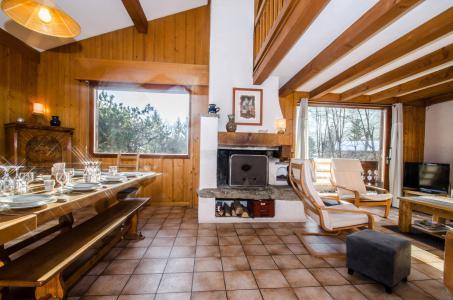 Rent in ski resort 8 room triplex chalet 12 people - Chalet le Tilleul - Chamonix