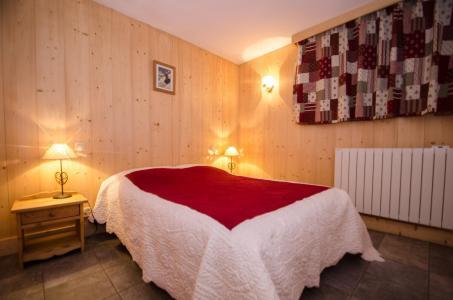 Location au ski Appartement 2 pièces 4 personnes - Chalet Mona - Chamonix - Chambre