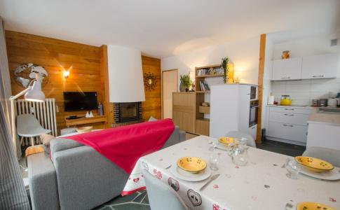 Rent in ski resort 2 room apartment 4 people (FEDORA) - Flegere et Golf - Chamonix - Living room