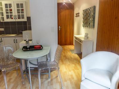 Rent in ski resort 1 room apartment 2 people (8) - L'Aiguille du Midi - Chamonix