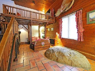 Rent in ski resort 6 room chalet 12 people (1) - L'Piri - Chamonix - Apartment