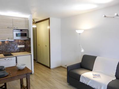 Rent in ski resort 1 room apartment 2 people (2) - Le Pramouny - Chamonix - Living room