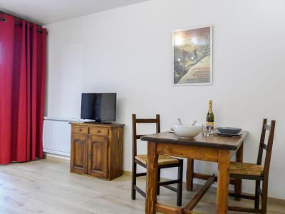 Rent in ski resort 1 room apartment 2 people (2) - Le Pramouny - Chamonix - Table